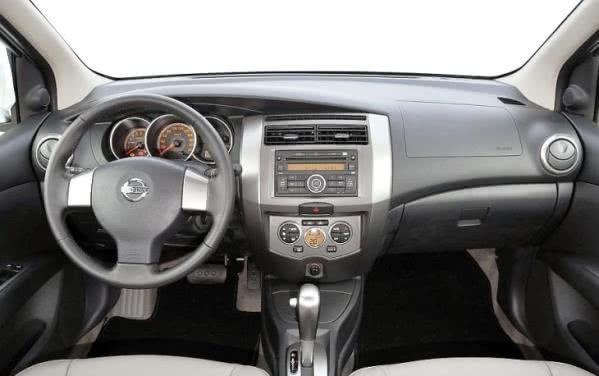 Nissan-Grand-Livina-ficha-tecnica