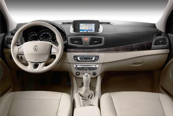 Renault-Fluence-preco Renault Fluence - Preço, Fotos 2019