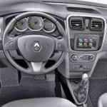 Renault-Logan-painel