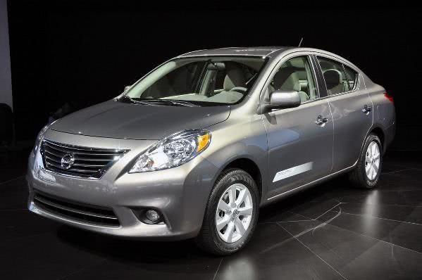 novo-Nissan-Versa