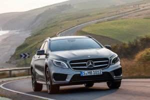 Mercedes-benz-gla-preco-300x200 Mercedes-Benz GLA 250 4MATIC (X156) 2013 2019