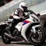 honda-cbr-1000-rr-fireblade-fotos-150x150 Honda CBR 1000RR Fireblade - Preço, Fotos 2019