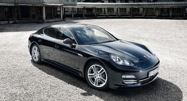porsche-panamera Porsche Panamera - Preço, Fotos 2019