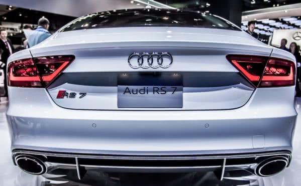 audi-rs7-fotos Audi RS7 - Fotos, Preço 2017 2018