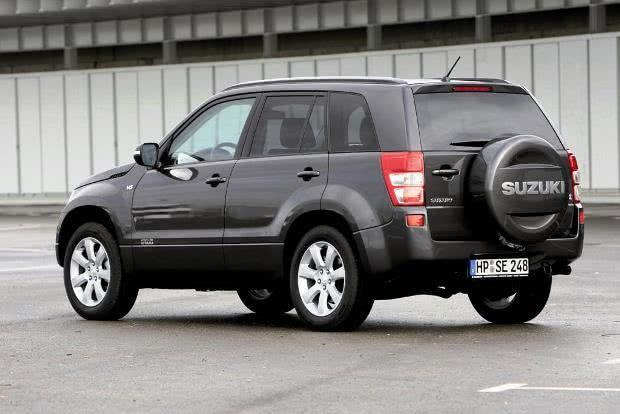 Suzuki, Auto, Wagen, Fahrzeug, Pkw, Mobilität, Fahrer, fahren, Fahrspaß, 4x4, Way of Life, Grand Vitara, SUV, Allrad, offroad, Geländewagen