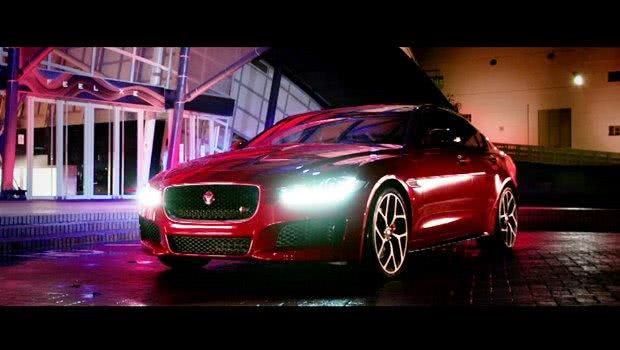 Jaguar XE8