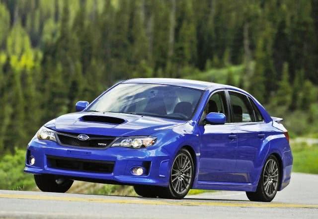 cores Subaru WRX