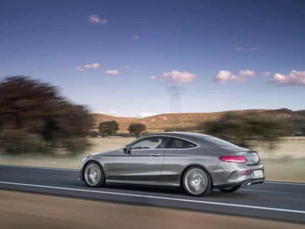 fotos-mercedes-classe-c-coupe-e1452503847988 Mercedes Classe C Coupé - Preço, Fotos 2019