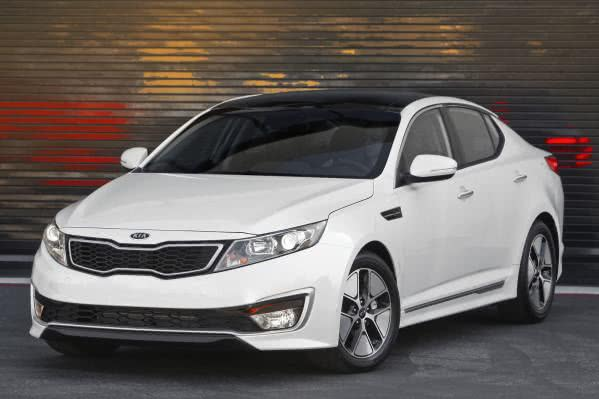 kia-optima-hibrido