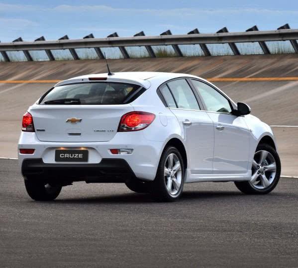 consumo-novo-chevrolet-cruze-e1458209935682 Novo Chevrolet Cruze - Preço, Consumo, Ficha Técnica 2019