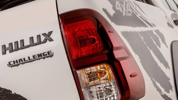 hilux-sr-challenge-fotos Toyota Hilux SR Challenge - Preço, Fotos 2019