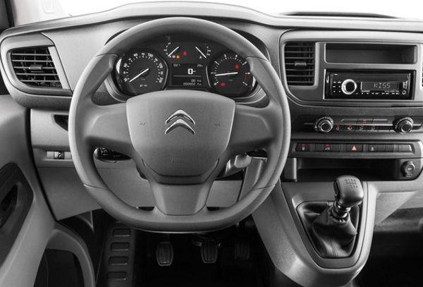 painel-citroen-jumpy-furgao Citroën Furgão Jumpy - Ficha Técnica, Preço, Versões, Consumo 2017 2018