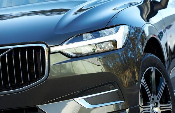 farol-volvo-xc60 Volvo XC60 - Preço, Ficha Técnica, Versões, Consumo 2019
