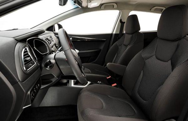 interior-jac-t40 JAC T40 CVT - Preço, Ficha Técnica, Versões, Consumo 2019