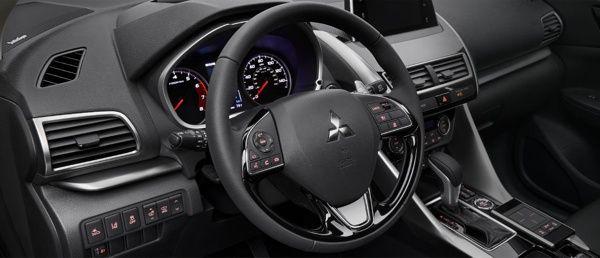 interior-mitsubishi-eclipse-cross Mitsubishi Eclipse Cross - Preço, Ficha Técnica, Versões, Consumo 2019