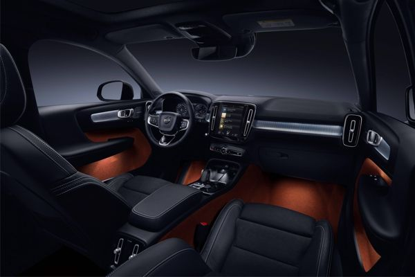 interior-volvo-xc40 Volvo XC40 - Preço, Ficha Técnica, Versões, Consumo 2019