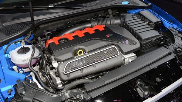motor-audi-rs3-sedan Audi RS3 Sedan - Preço, Ficha Técnica, Versões, Consumo 2019