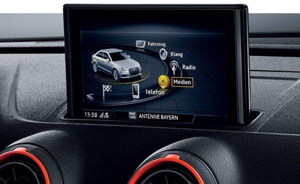 multimidia-audi-rs3-sedan Audi RS3 Sedan - Preço, Ficha Técnica, Versões, Consumo 2019