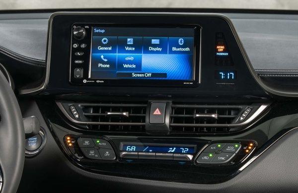 multimidia-toyota-c-hr Toyota C-HR - Preço, Ficha Técnica, Versões, Consumo 2019
