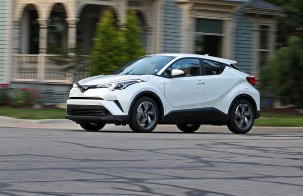 novo-toyota-c-hr Toyota C-HR - Preço, Ficha Técnica, Versões, Consumo 2019