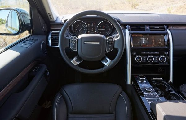 painel-land-rover-discovery-td6 Land Rover Discovery TD6 - Preço, Ficha Técnica, Versões, Consumo 2019
