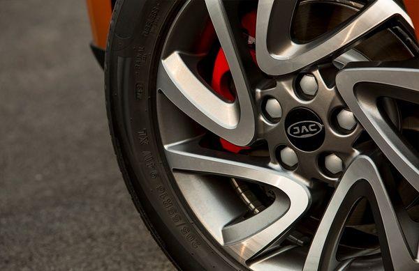 rodas-jac-t40 JAC T40 CVT - Preço, Ficha Técnica, Versões, Consumo 2019