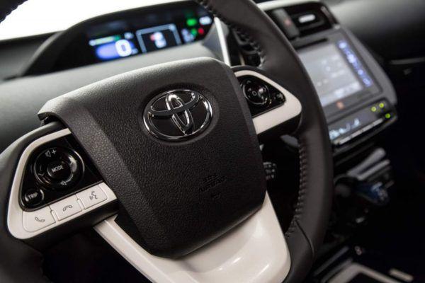 ficha-tecnica-toyota-prius-flex-1-e1546380092371 Toyota Prius Flex - Preço, Fotos, Ficha Técnica 2019