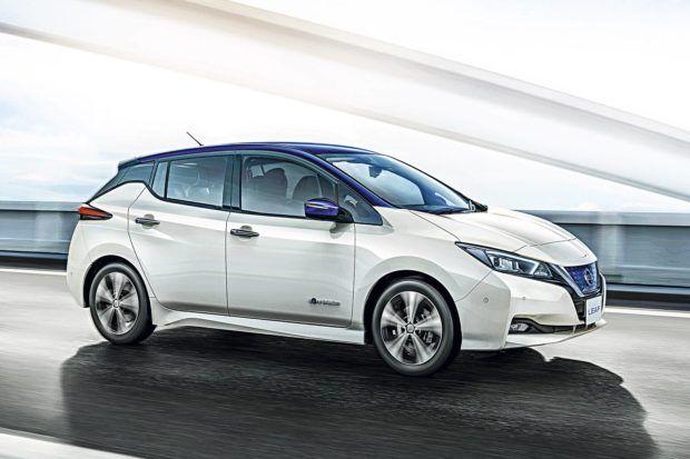 versoes-nissan-leaf-e1546412645529 Nissan Leaf - Preço, Fotos, Ficha Técnica 2019