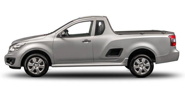chevrolet-montana-1 Fiat Strada X Volkswagen Saveiro X Chevrolet Montana - Qual Melhor? Preços 2019