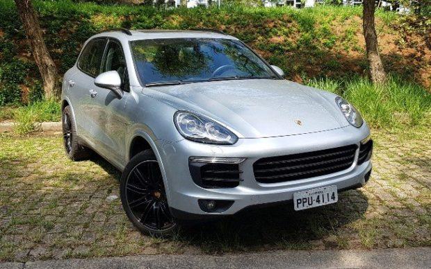 comprar-porsche-cayenne-hibrido-e1553813159501 Nova Porsche Cayenne híbrido - Preço, Fotos, Ficha Técnica 2019