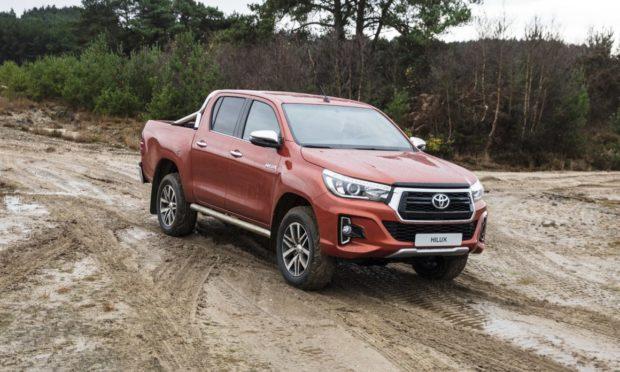 consumo-nova-toyota-hilux-e1551621704430 Toyota Hilux - É bom? Defeitos, Problemas, Revisão 2019