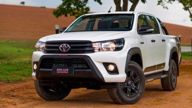 ficha-tecnica-nova-toyota-hilux-1-e1551621711679 Toyota Hilux - É bom? Defeitos, Problemas, Revisão 2019