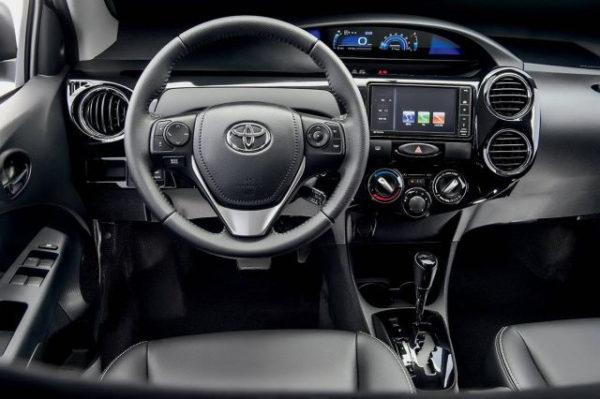 ficha-tecnica-toyota-etios-e1551620375937 Toyota Etios - É bom? Defeitos, Problemas, Revisão 2019