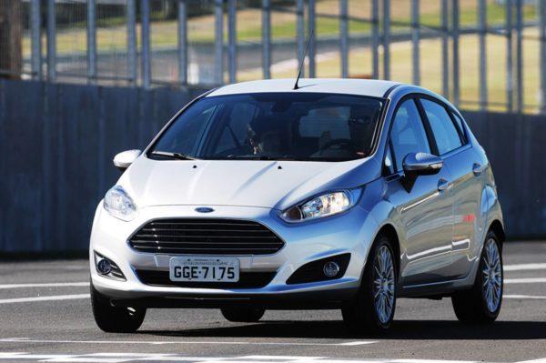 ford-fiesta-pessoas-com-deficiencia-e1553338272781 Ford Fiesta PCD - Preço, Desconto, Versões, Fotos 2019