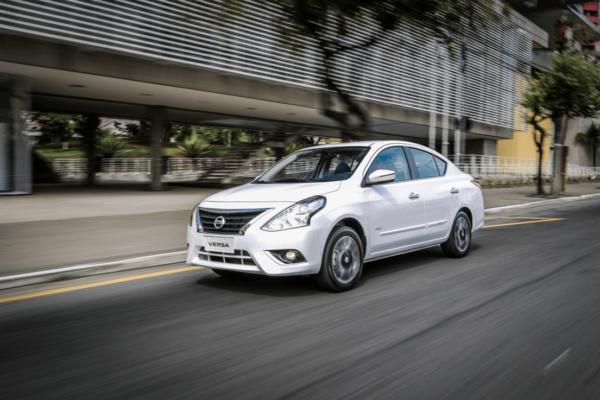nissan-versa-pcd-fotos-e1554069092931 Nissan Versa PCD - Preço, Desconto, Versões, Fotos 2019