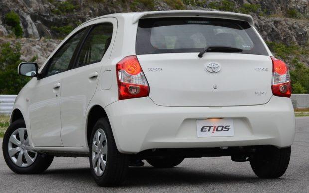 versoes-toyota-etios-sedan-e1551635695237 Toyota Etios Sedan - É bom? Defeitos, Problemas, Revisão 2019