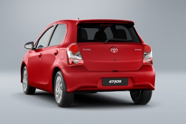 toyota-etios-sd-pcd-e1554455212274 Toyota Etios sd PCD - Preço, Desconto, Versões, Fotos 2019