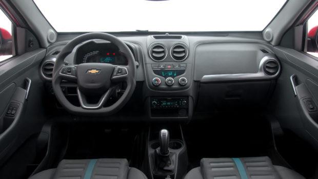 ficha-tecnica-chevrolet-montana-pcd-e1556791882569 Chevrolet Montana PCD - Preço, Desconto, Versões, Fotos 2019