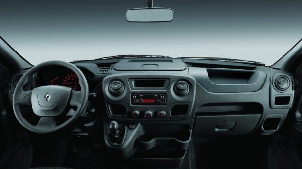renault-master-pcd-ficha-tecnica-e1556726208418 Renault Master PCD - Preço, Desconto, Versões, Foto 2019